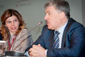 Павел Грудинин и Евгения Уваркина – активные участники круглого стола по вопросам государственного регулирования и поддержки сельского хозяйства