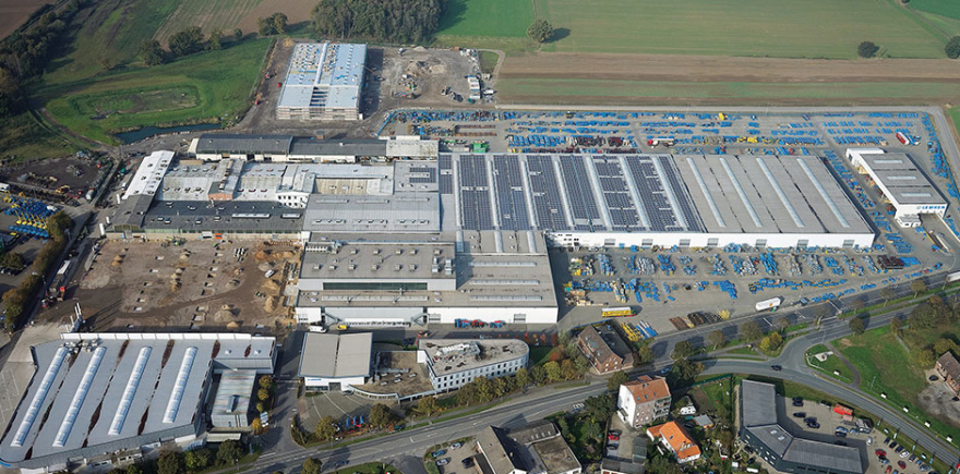 Несмотря на небольшой спад по объемам сбыта в прошлом году, компания Lemken продолжает инвестировать в новые разработки.