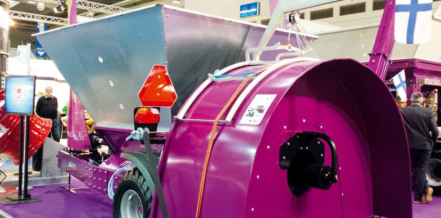 Большие объемы влажного зерна – больше не проблема. Производительность упаковщика Murska SuperPacker достигает 500 т /ч.