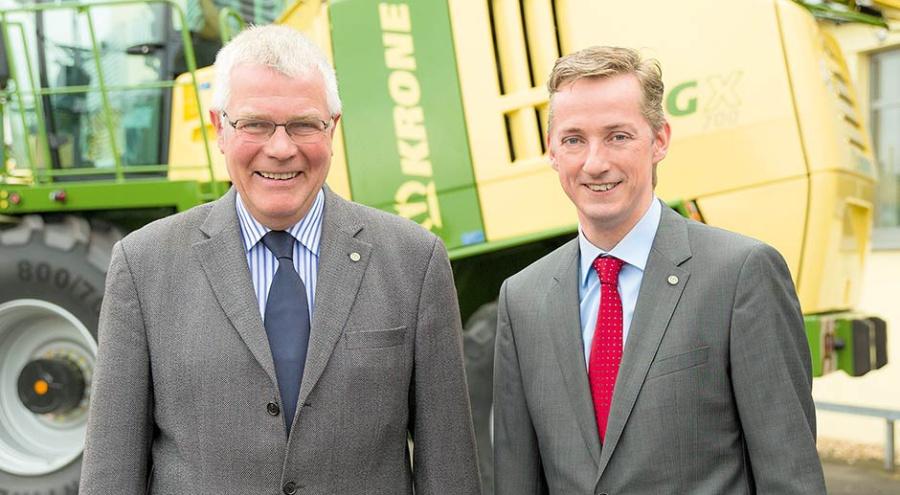 С 1 августа 2015 г. ответственным за маркетинг и продажи машин Krone стал Мартин Айинг (справа). Он принял бразды правления от Вильгельма Фосса (слева). @ Фото: фирма