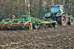 Благодаря большой ширине захвата иновым лапам культиватор Cenius-TX компании Amazone может стать интересным универсальным решением длямногих хозяйств.