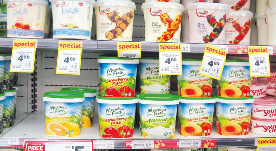 Ассортимент молочной продукции в новозеландских супермаркетах поражает своим разнообразием. Яркие упаковки, обилие вкусов так и привлекают покупателей. @ Фото: Т. Рыбалова